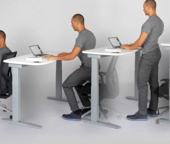 Ask the Experts: The Pros and Cons of Sit/Stand Workstations